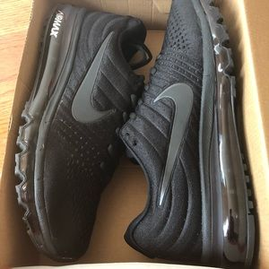 Nike Air Max Running shoes men size 8.5